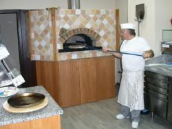 LIVRARI PIZZA ITALIANA > party-uri si evenimente restranse > restaurant, bar si pizzerie ZIPPI, Baia Mare, MM, m4635_8.jpg